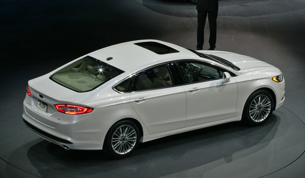 Ford Fusion (2016)